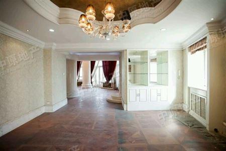 柏丽城堡-卧室