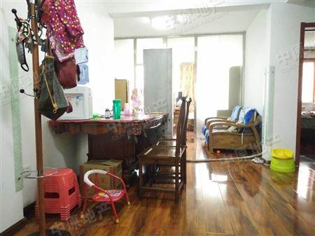 桦林园二期-客厅