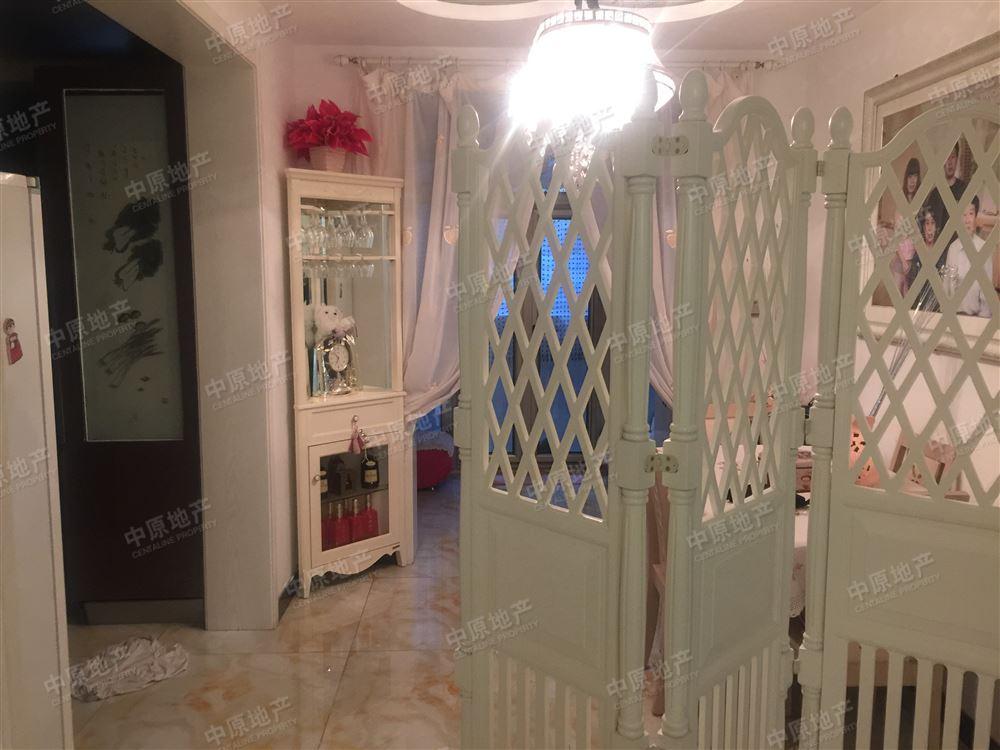 普雅花園 洋房一樓 帶小院 裝修好 采光足 看房方便