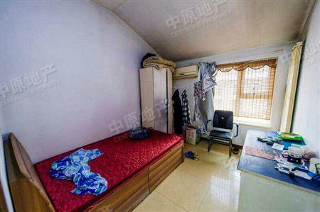 翡翠城-卧室