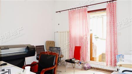 太阳城绿萱园-卧室