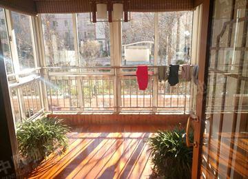 阳台开门连小院设计图