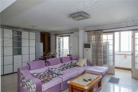 馨名园 2室2厅2卫 客厅带阳台 东西通透